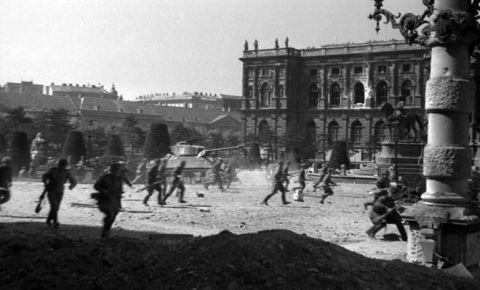 «Фиаско идеи рейха»: Венская наступательная операция