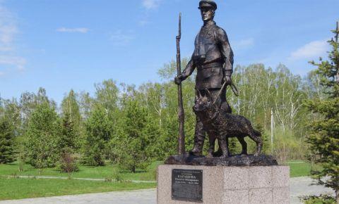 «Всё делал молча, спокойно и уверенно»: 110 лет назад родился легендарный советский пограничник Никита Карацупа