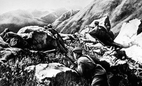 Кавказские тропы Победы: восхождение на Эльбрус