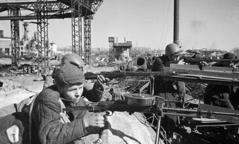 Французские историки проведут экспедицию по поиску тел павших в Сталинградской битве солдат