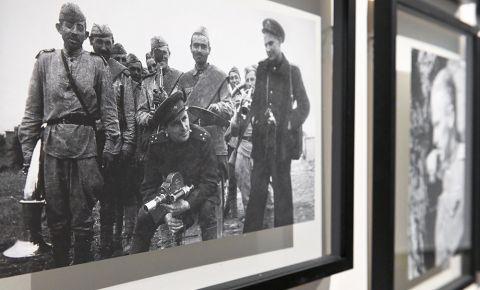 В Нюрнберге открылась выставка фотографий Евгения Халдея