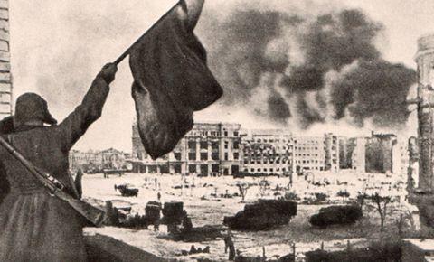 «За Волгой земли нет»: 75 лет назад советские войска завершили разгром гитлеровской армии под Сталинградом