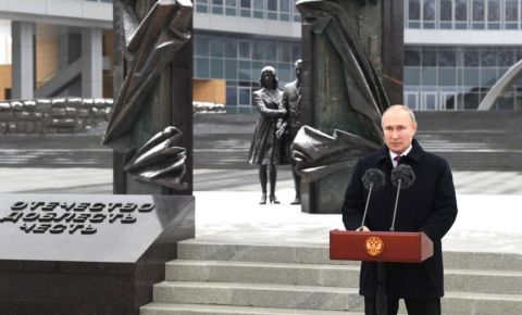 Путин напомнил о роли разведки в Победе