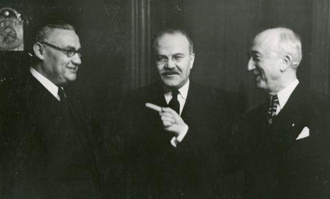 Страницы истории: в период с 16 по 26 декабря 1945 года в Москве проходило Совещание министров иностранных дел СССР, США и Великобритании