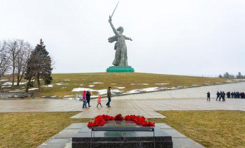 Реставрационные работы на монументе «Родина-мать зовет!» на Мамаевом кургане завершены на 95%