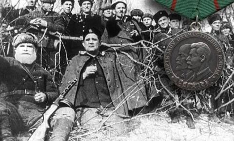 2 февраля 1943 года указом Президиума Верховного Совета СССР учреждена медаль «Партизану Отечественной войны»