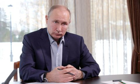Президент России выступил за запрет отождествления роли СССР и Германии во Второй мировой