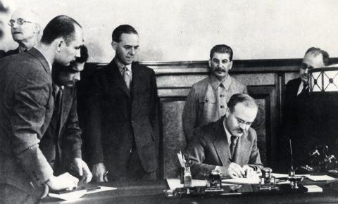 80 лет назад было подписано Соглашение между правительствами СССР и Великобритании о совместных действиях в войне против Германии