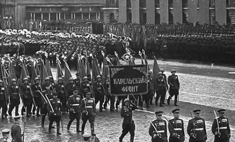 24 июня 1945 года в Москве на Красной площади состоялся исторический Парад Победы