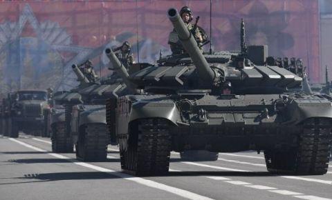 На параде в Санкт-Петербурге покажут более 100 единиц техники