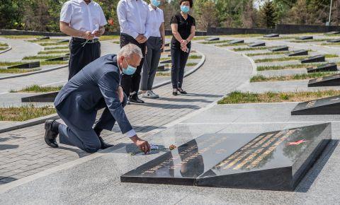 В КНР прошли памятные мероприятия на советских воинских мемориалах