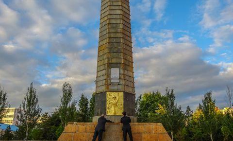 В Китае почтили память погибших советских солдат