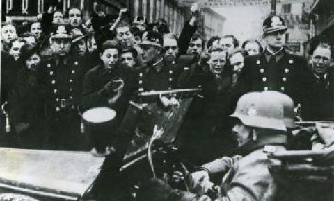 Экспозиция Федерального архивного агентства «1939 год. От «умиротворения» к войне»