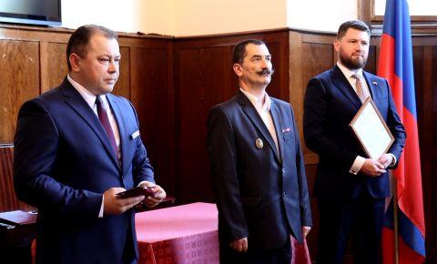 Чешских поисковиков наградили медалями «За заслуги в увековечении памяти погибших защитников Отечества»