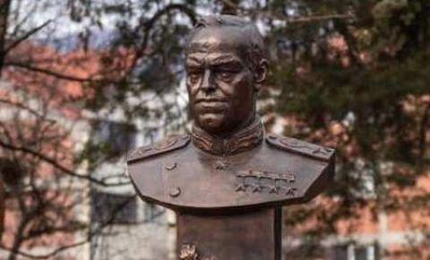 В Черногории открыли памятник маршалу Жукову