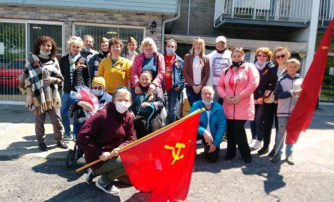 В День Победы «Бессмертный полк» объединил тринадцать канадских городов