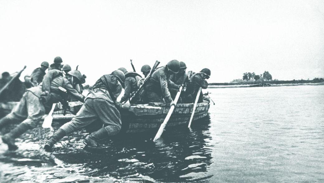 Польша. Советские войска форсируют Вислу, 22 октября 1944 года
